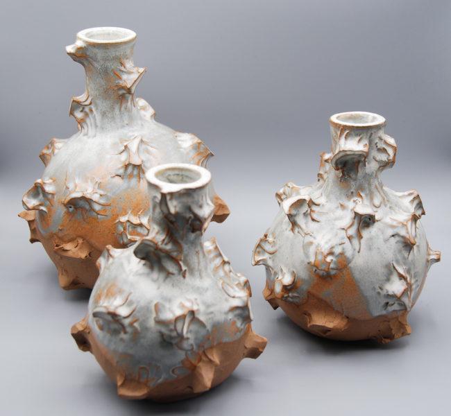 PINCHOS - famille de bouteilles - Ana-Belen Castillo - céramiste